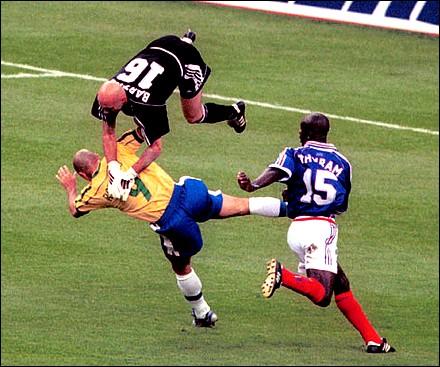 Fabien Barthez, du toit du monde à la Ligue 2